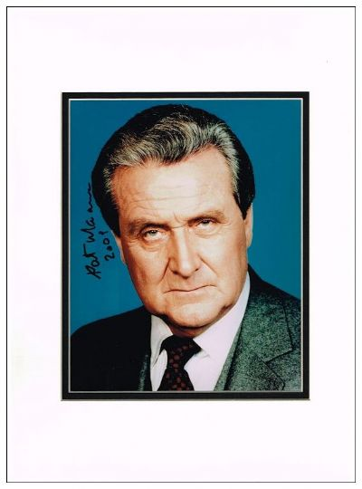 Patrick Macnee Autograph Signed Photo The Avengers